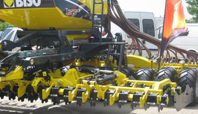 Parada mașinilor și utilajelor agricole, la EXPOAGROUTIL - paradaexpoagroutil7-1432830184.jpg