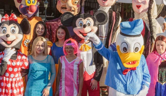 """Foto: Copii, veniţi la """"Parada personajelor de poveste""""!"""