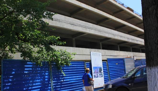 De ce au decis autorităţile suspendarea lucrărilor la parcarea supraetajată  din Mamaia - parcareetajatacazinomamaia5-1437310706.jpg