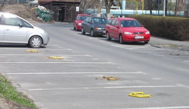 Foto: Noi locuri de parcare, în cartierul Inel 2