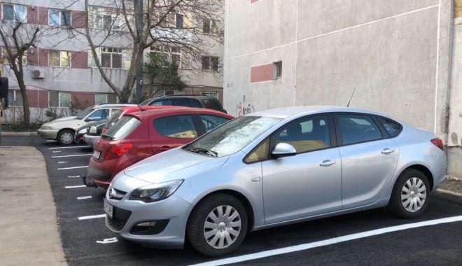 Foto: Parcări noi în jurul blocurilor din cartierele Constanţei
