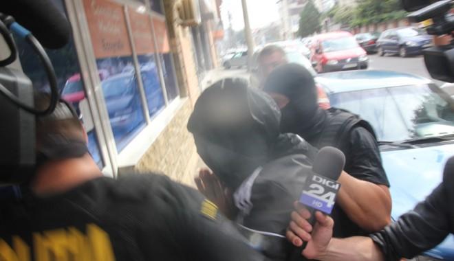 Foto: Cum decurg audierile în dosarul scandalului în care este implicat IULIAN URSOI