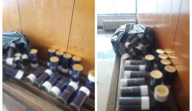 Foto: Parfumuri susceptibile a fi contrafăcute, confiscate în P.T.F. Vama Veche