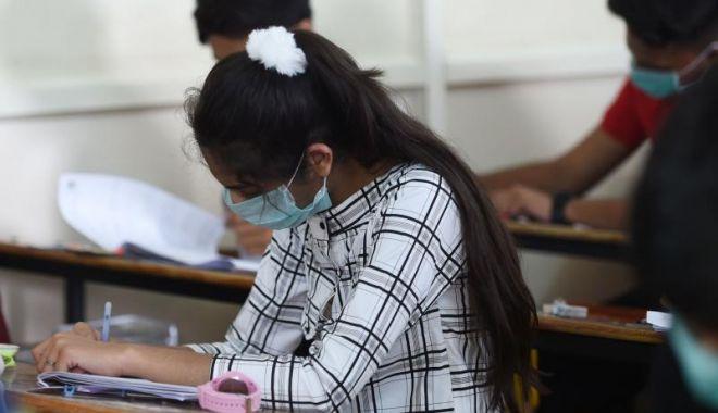 Părinții, îngrijorați de modul cum vor da elevii examenele naționale - parintiiingrijorati1-1589995282.jpg