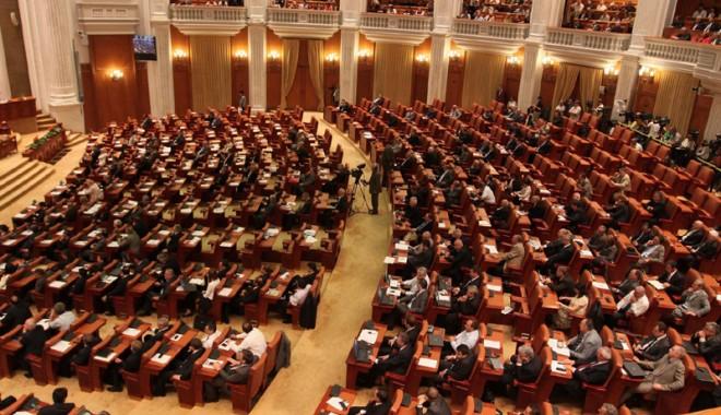 Foto: Ce au făcut parlamentarii constănţeni în mandatul 2008-2012