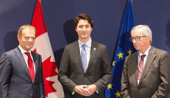 Foto: Parlamentul European a aprobat CETA. Românii vor putea călători în Canada fără vize