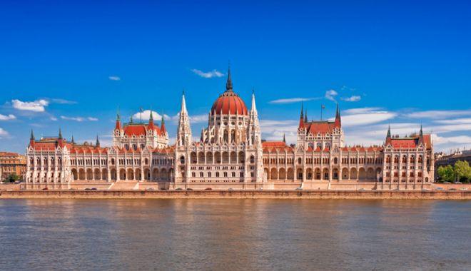 Foto: Parlamentul maghiar dezbate câteva proiecte de lege controversate