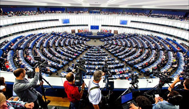 Foto: Parlamentul European: Rusia nu mai poate fi considerată un partener strategic