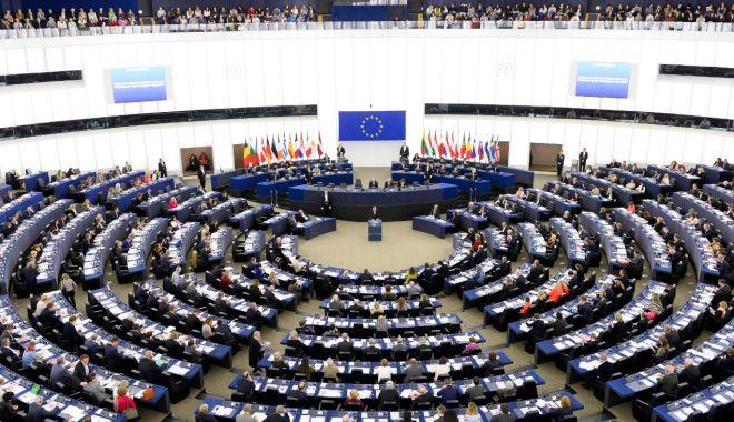 Foto: Parlamentul European a adoptat reforma privind drepturile de autor pe piaţa unică digitală
