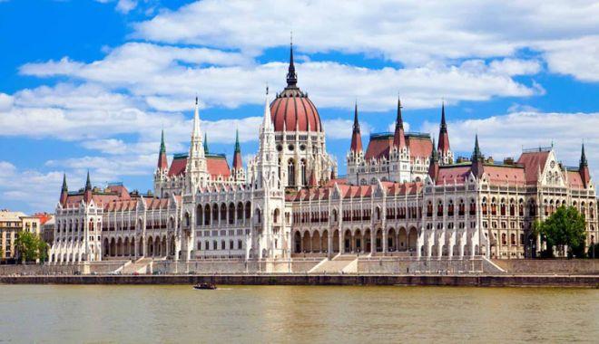 Foto: Parlamentul de la Budapesta adoptă o lege care încurajează natalitatea