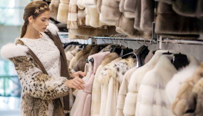 Foto: Parlamentul britanic dezbate interzicerea  comerţului cu blănuri naturale