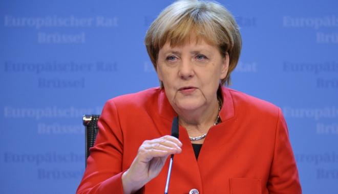 Foto: Partidul Angelei Merkel, depăşit de social-democraţi
