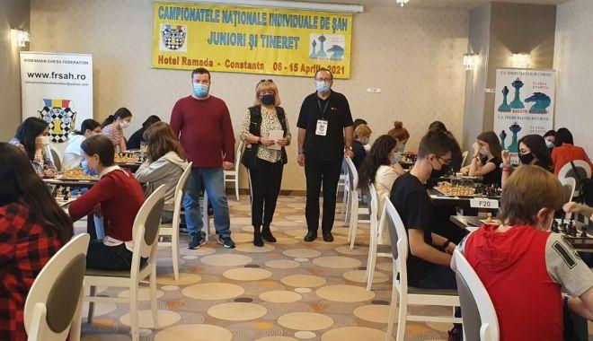 Pasiunea a învins! Şahiştii au dat mat pandemiei, la Mamaia - pasiunea-1618495352.jpg