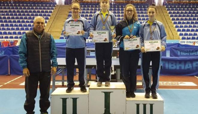 Patru medalii pentru CS Farul, la Cupa României de tenis de masă - patru-1515777905.jpg