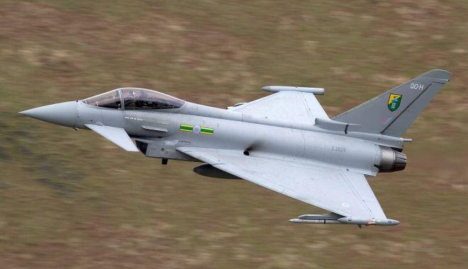Patru avioane Eurofighter Typhoon au aterizat la Mihail Kogălniceanu - patruavioane-1556895550.jpg