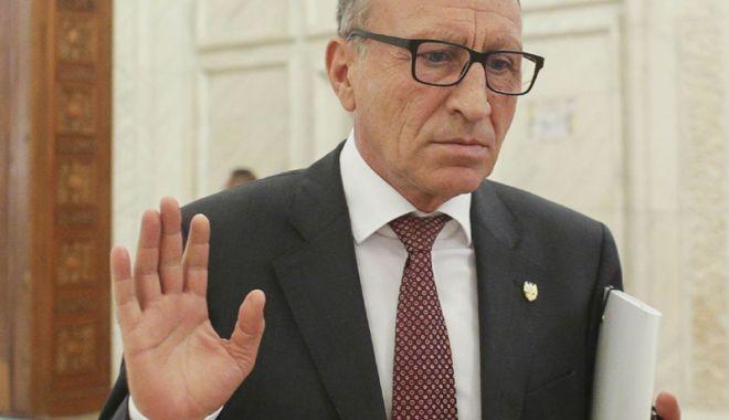 """Foto: Paul Stănescu: """"Rezultatul referendumului -  un eşec nu numai pentru PSD"""""""