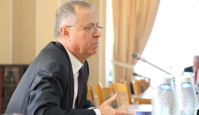 Foto: Pavel Năstase: O nouă lege a educaţiei ar putea intra în vigoare de la 1 octombrie 2018