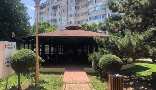 Se redeschid pavilioanele pentru pensionari, în parcurile din Constanţa - pavilioane-1627053165.jpg