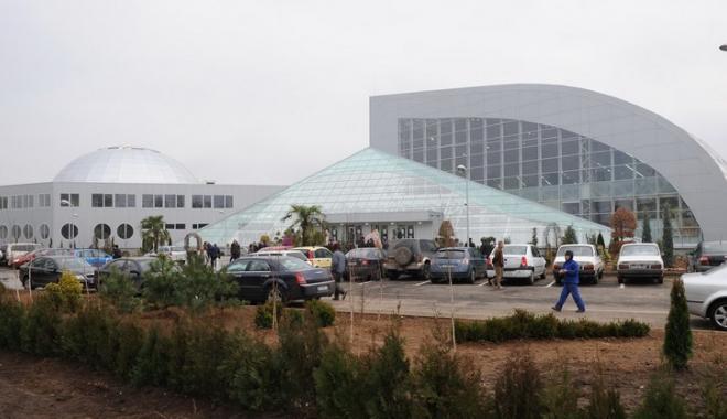 Foto: Pavilionul Expoziţional funcţionează fără autorizaţia de securitate la incendiu