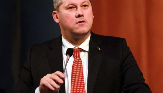 Foto: Cătălin Predoiu vrea să fie preşedintele României. Constanţa îl susţine?