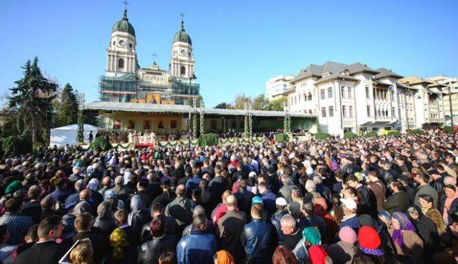 Foto: Mergi în pelerinaj la Iași, la Sărbătoarea Sfintei Parascheva? Informații de ULTIMĂ ORĂ