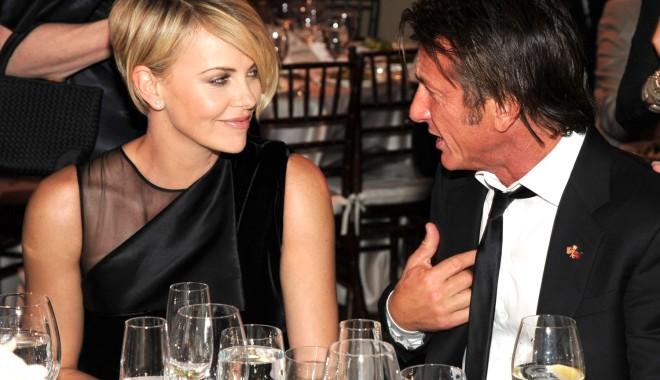 Foto: Charlize Theron şi Sean Penn s-au despărţit!