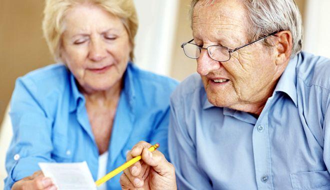 Foto: Pensia medie a vârstnicilor constănţeni - 1.117 lei