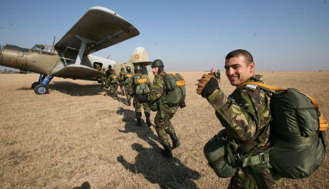 Foto: Ce se întâmplă cu pensiile militarilor? Ministrul Fifor, declaraţii la Constanţa