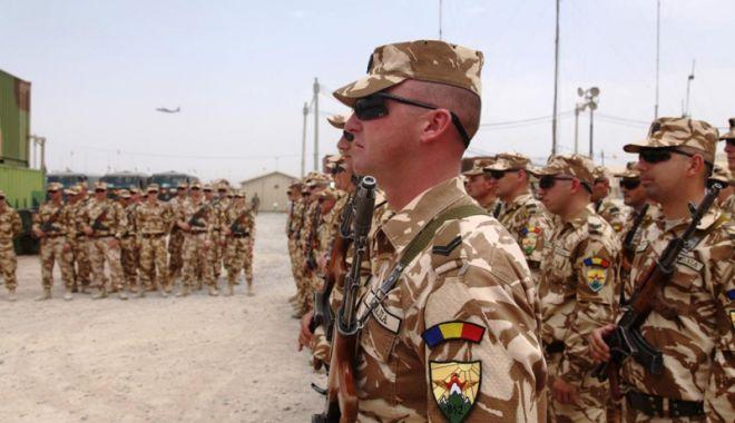 "Foto: Pensiile militarilor vor fi ""recalibrate"""