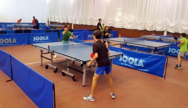 """Foto: Pentru amatori şi profesionişti! Sala """"Eden"""", dedicată în exclusivitate tenisului de masă"""
