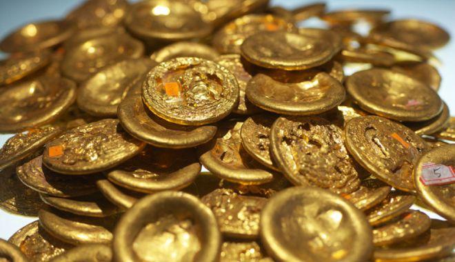 Foto: Percheziţii în Constanţa, într-un dosar de comerţ cu monede antice