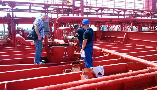 Mafia petrolului din portul Constanţa
