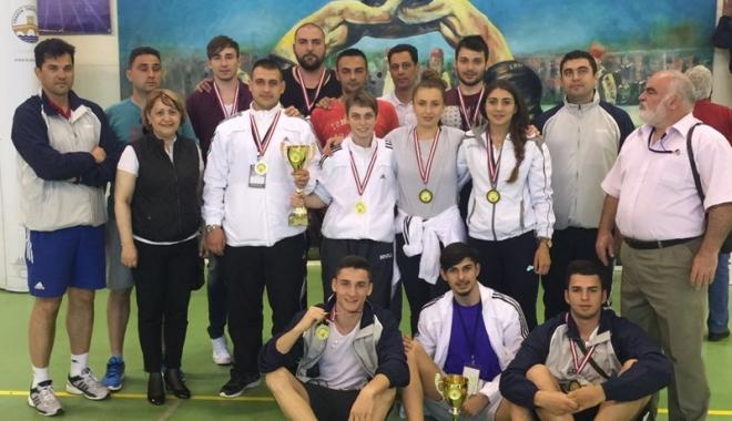 """Foto: Performanţă de excepţie a studenţilor de la """"Ovidius"""", la Jocurile Balcanice"""