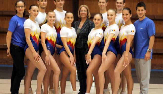 Foto: Performanţe excelente ale gimnaştilor  de la FEFS, în anul 2014