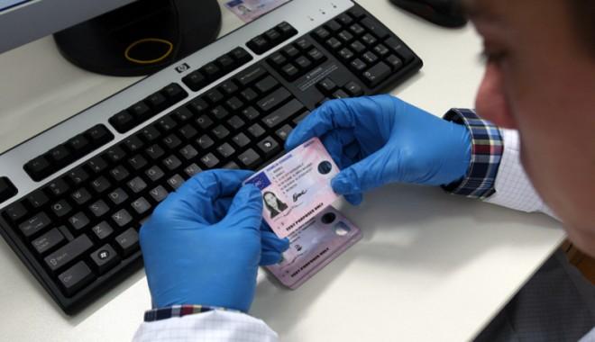 Foto: Cum se cumpără un permis de conducere la Constanţa?