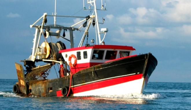 Portul pescăresc Midia va fi construit cu bani europeni - peste-1316718566.jpg