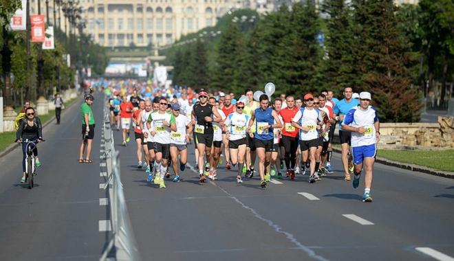Foto: Peste 13.000 de alergători sunt aşteptaţi la ediţia 2016 a Maratonului Bucureşti