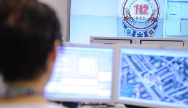 Foto: Peste jumătate dintre apelurile  la 112 sunt false. Cum se anunță  la 112 o urgenţă?