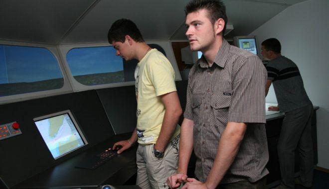 Peste 500 de cadeți români pleacă pe mare în fiecare an