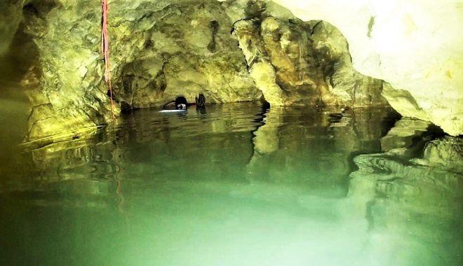 Secretele Constanței. Peștera scufundată, frumoasă dar periculoasă! - pesterascufundata11-1567961913.jpg