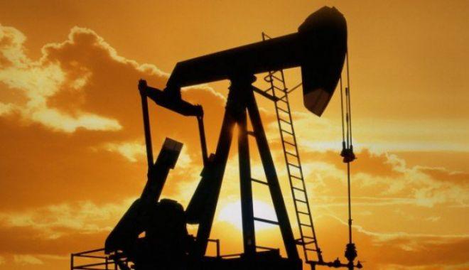 Foto: Prețul barilului de petrol a coborât la 78,56 dolari pe baril