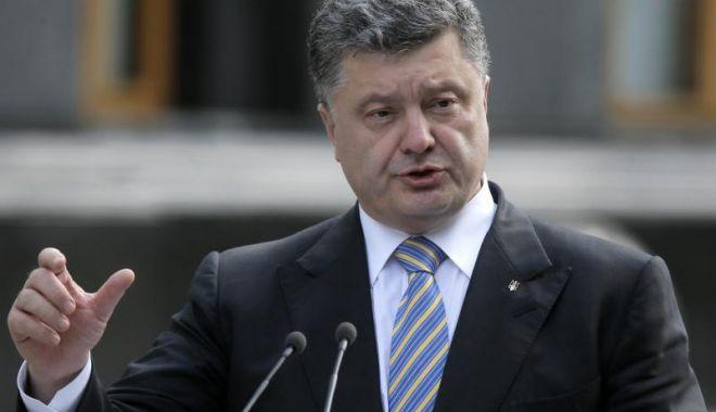 Foto: Ucraina, în război! Petro Poroșenko a semnat decretul