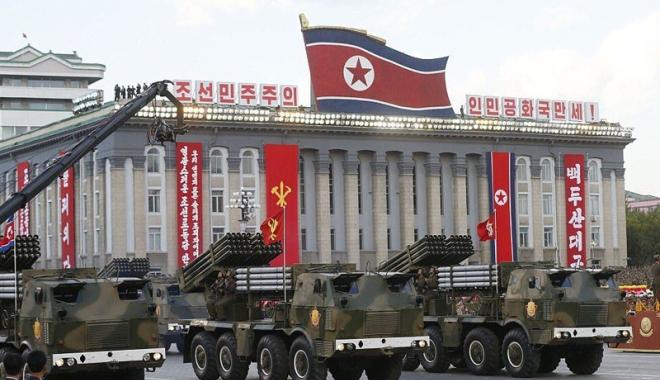 Foto: Phenianul pregăteşte  o paradă militară  în ajunul  Jocurilor Olimpice  din Coreea de Sud