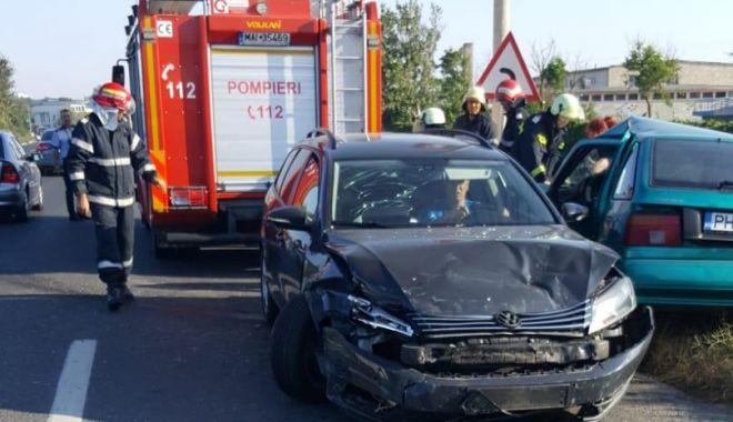 Foto: GALERIE FOTO / Accident rutier la Eforie. Două persoane au fost rănite