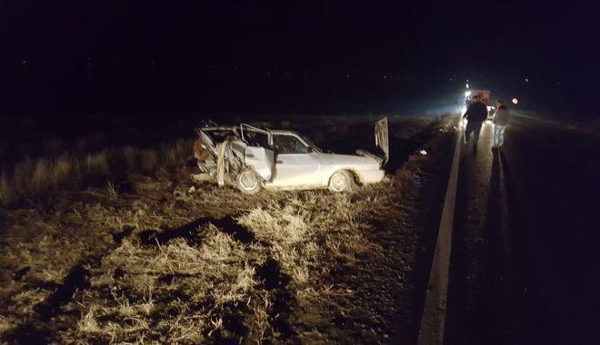 GALERIE FOTO / Accident rutier la Gura Dobrogei. Două persoane sunt încarcerate - photo201901291816591-1548779796.jpg