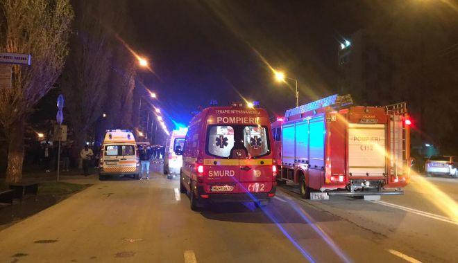 GALERIE FOTO / Accident rutier grav în stațiunea Mamaia. Trei mașini avariate și 4 victime - photo20190412230147-1555138711.jpg