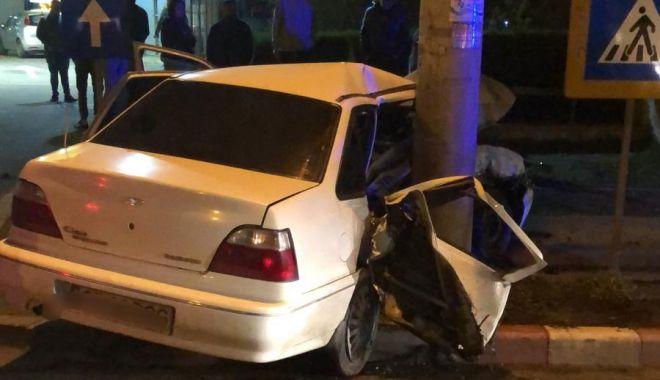 Foto: GALERIE FOTO / Accident rutier în Constanța. Un șofer beat a făcut prăpăd Şoseaua Mangaliei