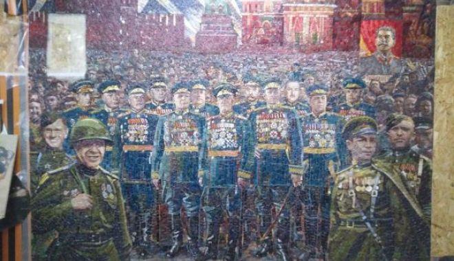Noua catedrală construită de Rusia conține mozaicuri cu Putin, Stalin și anexarea Peninsulei Crimeea - photo202004240051142600x450-1588087904.jpg