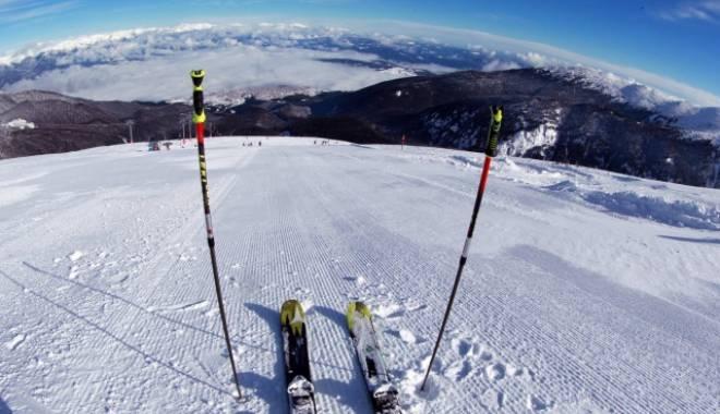 Foto: Un schior român a murit în staţiunea Bansko, în Bulgaria, în urma unui accident