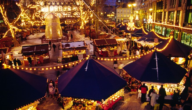 Unde aleg constănţenii să evadeze de Crăciun - piatadecraciunbudapesta-1323458265.jpg